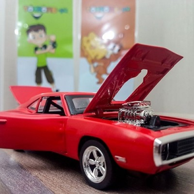 Dodge Challenger With Light & Sound Diecast Model Scale 1:24